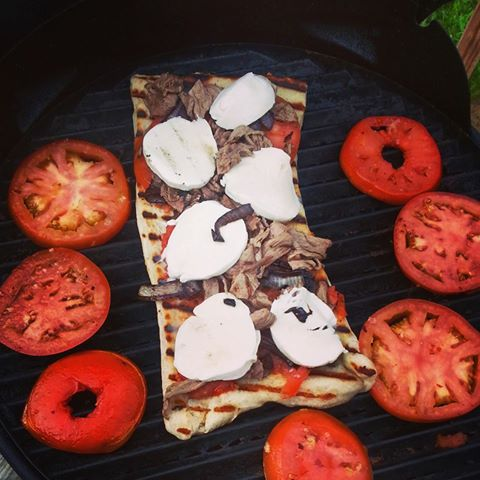 grilled pizza by Alise